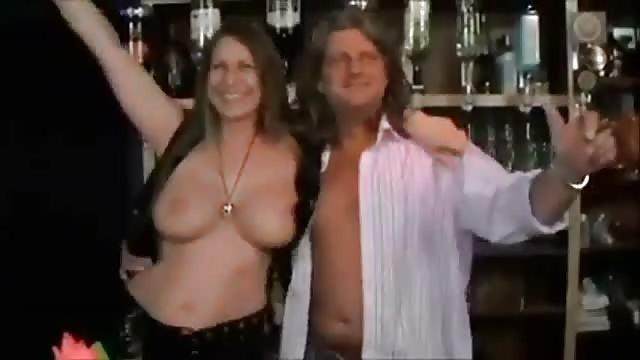Eine Riesige Orgie, Als Diese Swinger Zusammenkommen