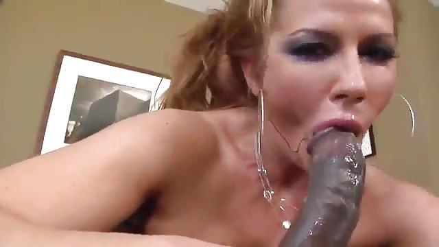 Cum sucking mature slut