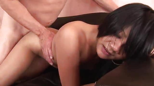 urodziny trójka porno