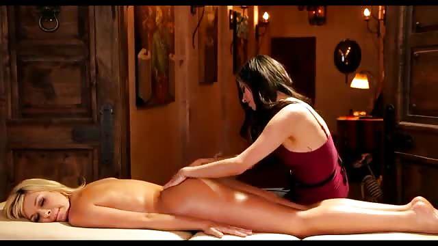 Lesbian Massage Eating Pussy